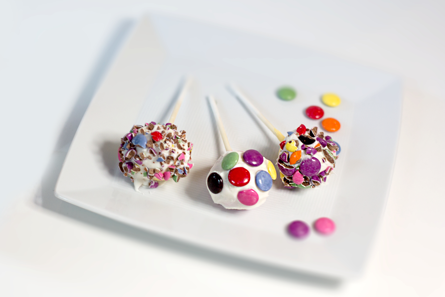 Smarties Cake Pops Madewithnestle Ca