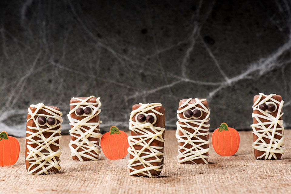 COFFEE CRISP Mummies Chocolate Treat recipe for Halloween