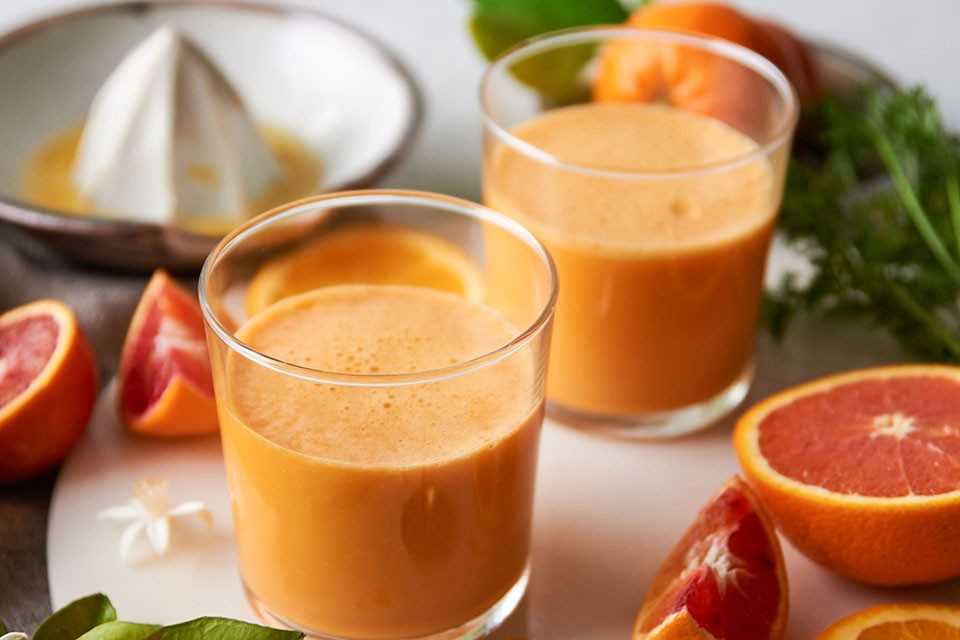 Smoothie végétalien caché à l'orange avec recette de préparation pour boisson en poudre CARNATION BREAKFAST ESSENTIALS