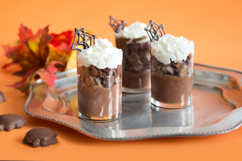 TURTLES Mousse Cups recipe. Dress your TURTLES up like mousse for Hallowe'en.